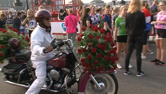 WOS Extra - Ride for the Roses