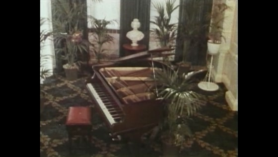 Diana Ross | My Old Piano