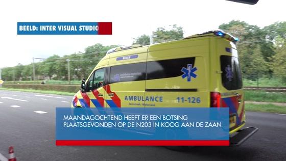 Twee gewonden bij flinke botsing op N203 in Koog aan de Zaan