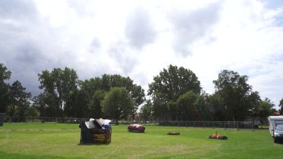 Jumping World weer in het Veldpark in Zaandam