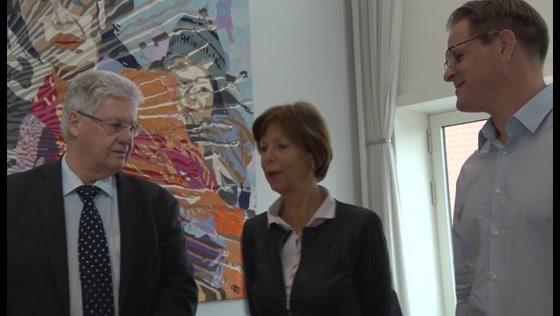 Ruud en Ronny Vreeman schenken schilderijen aan STONAS-Veiling