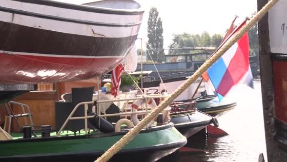 Deel historische vloot Victorie Sail meerde kort in Wormerveer aan