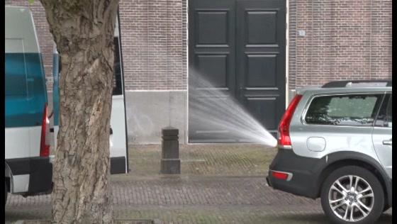 Gaslek bij Oostzijderkerk in Zaandam