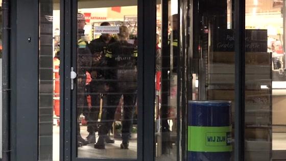 Medewerker supermarkt Drielse Wetering raakt gewond bij overval