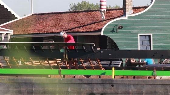 Nieuwe roede voor molen De Zoeker