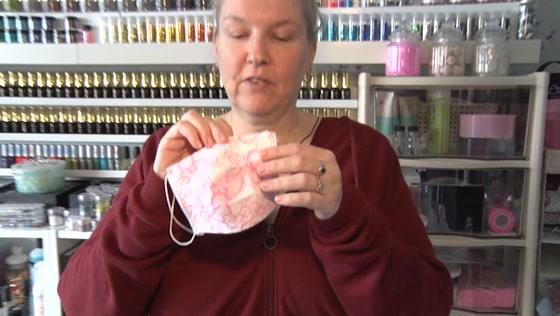 Schreeuwend tekort aan mondkapjes bij zorgverleners