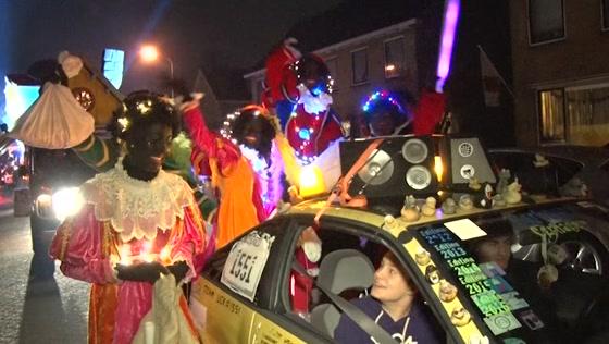 Sinterklaasintocht Westzaan een groot spektakel