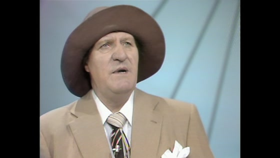 Tommy Cooper - Coopers Half Hour